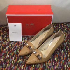 Zorra patent leather heels.
